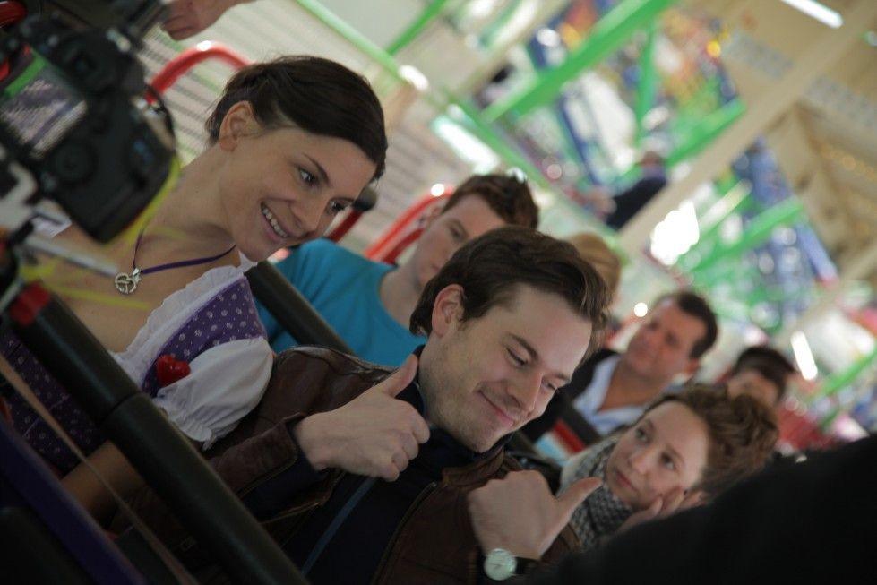 Schön schräg: Kasimir (Golo Euler) und Karoline (Christina Hecke)