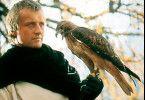 Ich werde dich erlösen! Rutger Hauer mit Falke