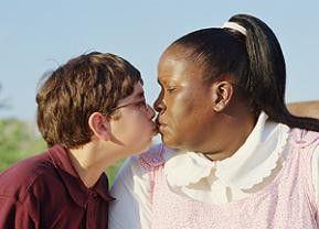 Auf der Suche nach Liebe: Aviva, diesmal als Schwarze