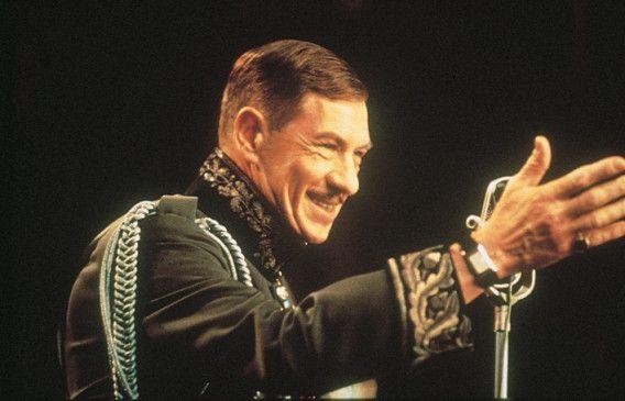 Wen soll ich wohl als nächsten umbringen?  Ian McKellen als Richard III.