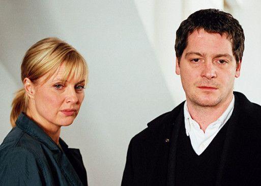 Ich habe nichts mit dem Mord zu tun! Benno (Fritz Karl) und Andrea (Katharina Böhm)