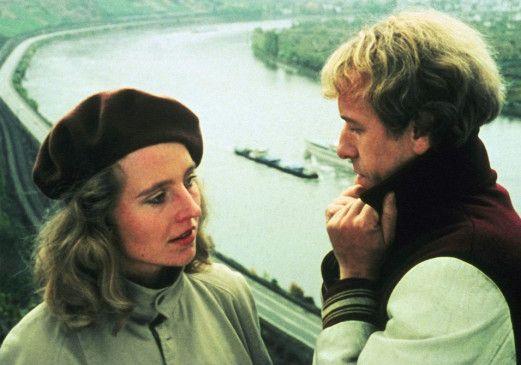 Therese (Hanna Schygulla) liebt Wilhelm (Rüdiger Vogler)