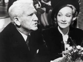 Glaubt' mir, ich werde alle verurteilen! Spencer  Tracy und Marlene Dietrich