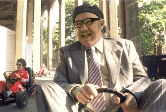 Der angeblich krebskranke Royal Tenenbaum (Gene Hackman) freut sich des Lebens