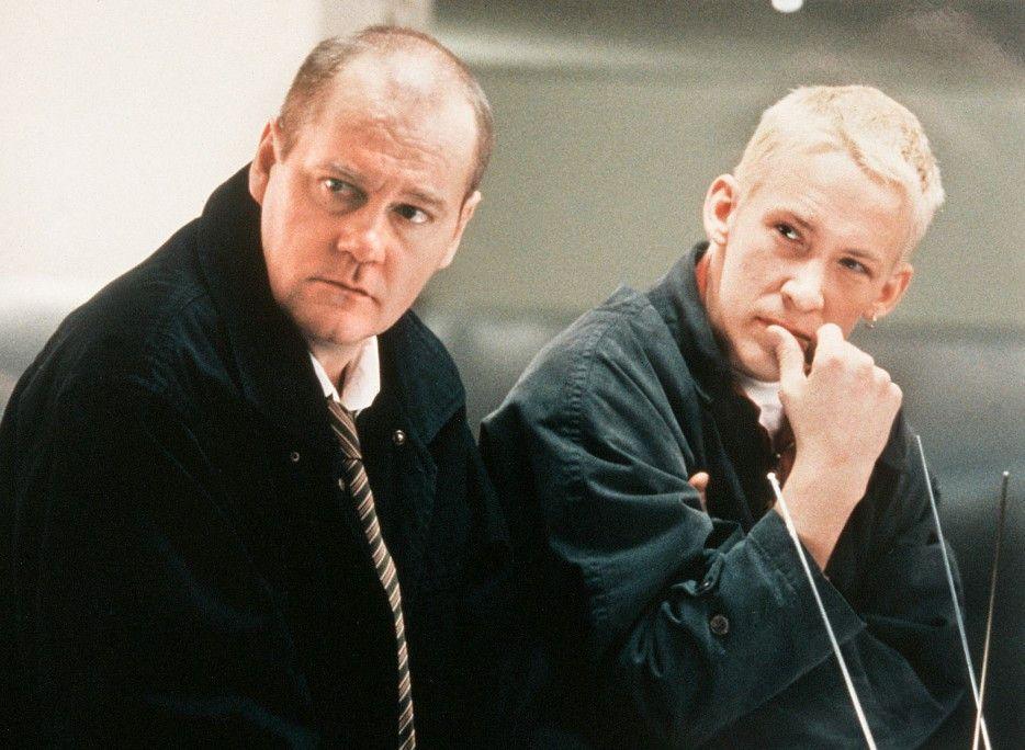 Kommissar Beck (Peter Haber, l.) und sein Kollege Benny Skacke (Figge Norling)