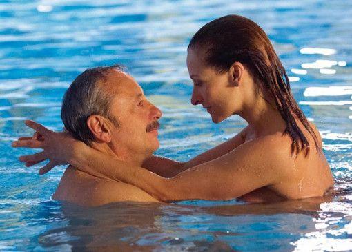 Lass uns ein wenig gegen den Strom schwimmen!  Wolfgang Stumph und Mignon Remé