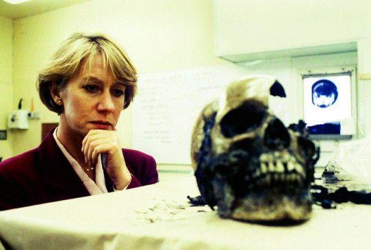 Helen Mirren einmal mehr auf Mördersuche