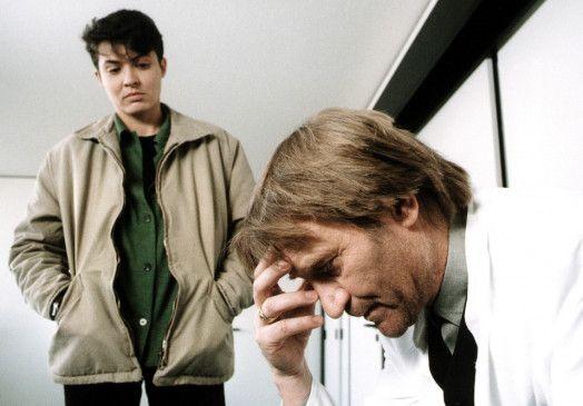 Lena Odenthal (Ulrike Folkerts) verdächtigt Professor Dr. Sorensky (Matthias Habich)