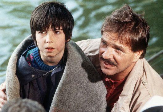 Wir werden gerettet! Schimanski (Götz George) und sein Schützling (Nikolai Bury)