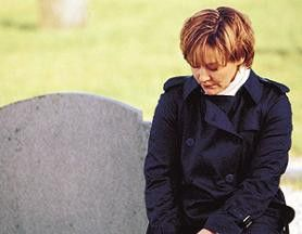 Man sollte die Toten ruhen lassen! Amanda Burton als Samantha Ryan