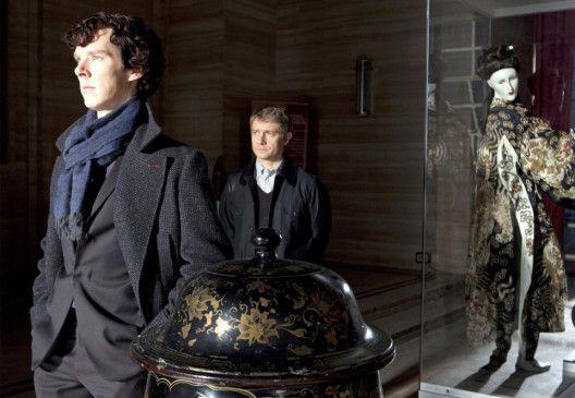 Sherlock Holmes (Benedict Cumberbatch, l.) und Dr. John Watson (Martin Freeman) suchen einen Serienmörder