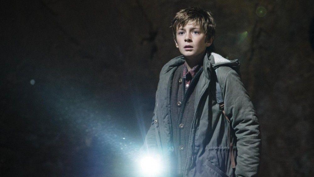 Luca (Leo Gapp) begegnet ein richtig gruseliger Berggeist, der ihn und sein Dorf verflucht.