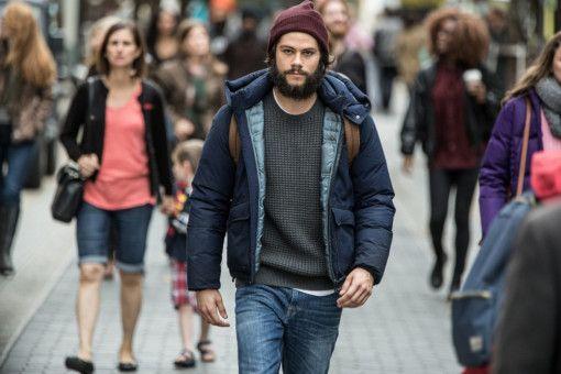 Nach dem gewaltsamen Tod seiner Freundin ändert sich für Mitch (Dylan O'Brien) alles.