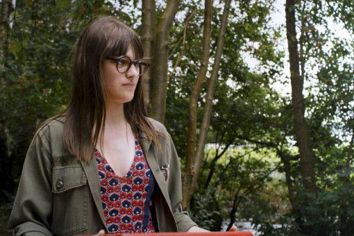 Edda (Johanna Polley) hat Interesse an Mauser. Hat sie eine Chance?
