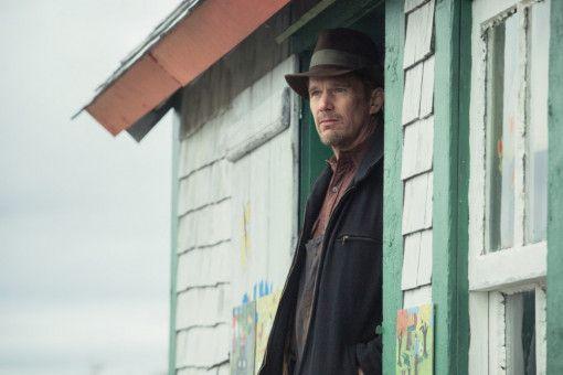 Ethan Hawke spielt den im Waisenhaus aufgewachsenen Junggesellen Everett.