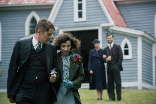 Maud (Sally Hawkins) und Everett (Ethan Hawke) heiraten in Stille - weil sie gemerkt haben, dass sie einander brauchen.