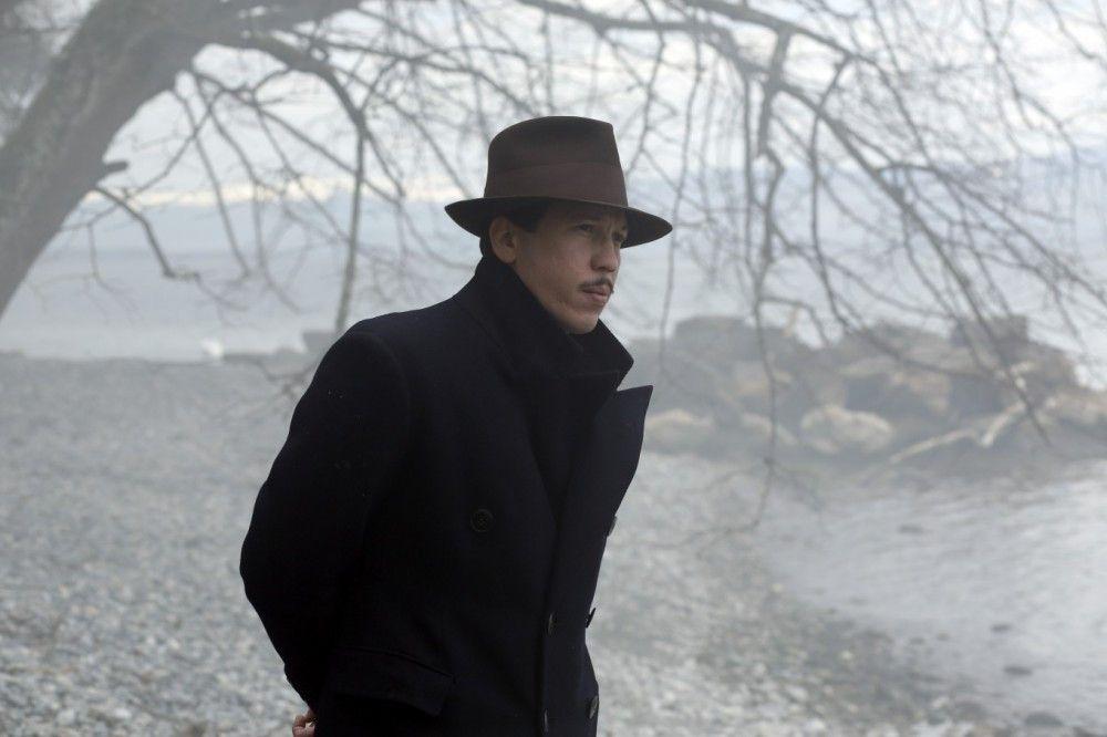 Kein Held: Django Reinhardt (Reda Kateb) bleibt in einem Biopic über ihn der große Unbekannte.