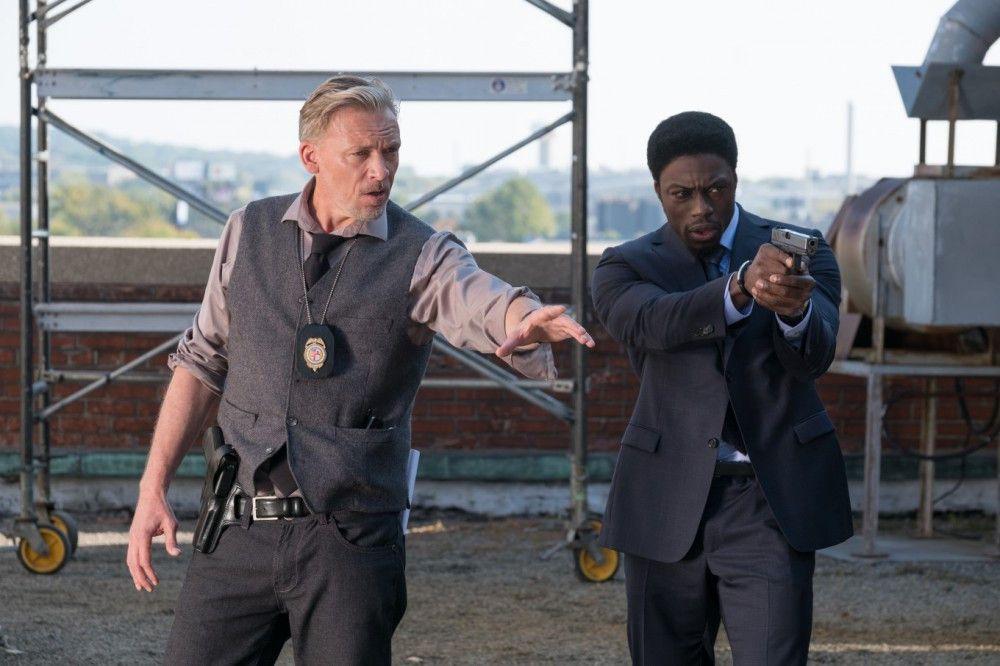 Ist der legendäre Killer zurück? Von links: Halloran (Callum Keith Rennie) und Detective Keith (Clé Bennett).