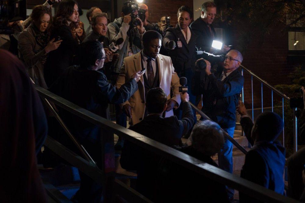 Der Ermittlungsdruck auf Detective Keith (Clé Bennett) steigt mit jeder entdeckten Leiche.