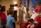 Lilli (Hedda Erlebach, links) ist enttäuscht: Weil ihr Bruder Leon (Claudio Magno) Allergiker ist, erlaubt ihre Mama (Anja Kling) ihr kein Kaninchen. Auch nicht vom Nikolaus.