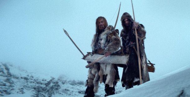 Finstere Gestalten sind die Widersacher Kelabs auf seiner Vergeltungsreise durch das Hochgebirge (Szene mit André Hennicke, links, und Sabin Tambrea.)