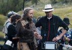 Den Aufnahmen gingen lange Vorbesprechungen und ausführliche Proben voraus: Hauptdarsteller Jürgen Vogen mit dem Regisseur Felix Randau.