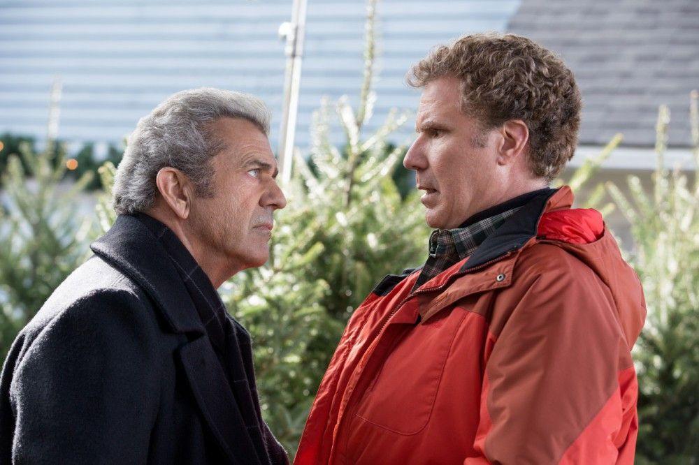Kurt (Mel Gibson) ist überhaupt nicht begeistert, dass Brad (Will Ferrell, rechts) nun der Stiefvater seiner Enkelkinder ist.