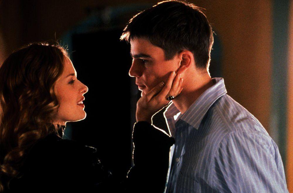 Als Nicole (Vinessa Shaw) von ihrem neuen Verlobten verlassen wird, will sie plötzlich zu Matt (Josh Hartnett) zurückkehren, doch dieser lehnt ab.