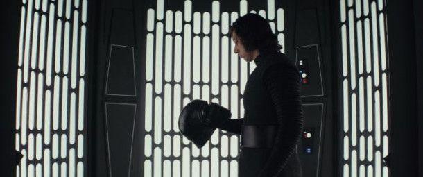 Nur ein Kind mit Helm? Oder doch mehr? Kylo Ren (Adam Driver) ist im achten Film auch auf der Suche nach sich selbst.