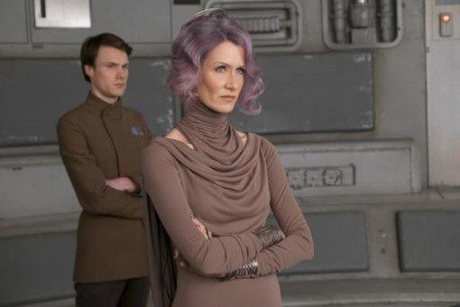 Laura Dern übernimmt als Vizeadmiralin Amilyn Holdo vorübergehend das Zepter bei den Rebellen.