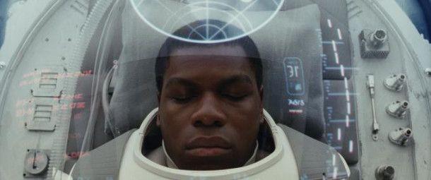 Finn (John Boyega) weiß genau, mit welcher Art Feind er es zu tun hat.