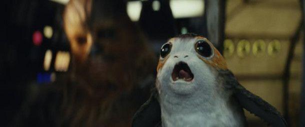 """Sie werden, wie so viele der niedlichen Wesen in der """"Star Wars""""-Reihe, polarisieren: Die Porgs sitzen in Scharen auf Luke Skywalkers Insel und sind das aktuelle Merchandising-Produkt der Reihe. Im Film sind sie aber um ein Vielfaches unwichtiger als zum Beispiel einst die Ewoks, die die """"Star Wars""""-Fans spalteten."""