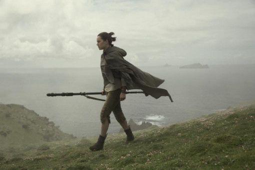 Rey (Daisy Ridley) gibt nicht auf: Ohne Luke will sie nicht in den Kampf gegen die Erste Ordnung zurückkehren.