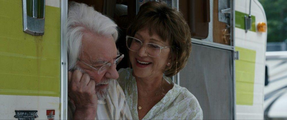 In den lichten Momenten ihres unter Demenz leidenden Mannes (Donald Sutherland) hat Ella (Helen Mirren) viel Freude an ihrem letzten Trip.