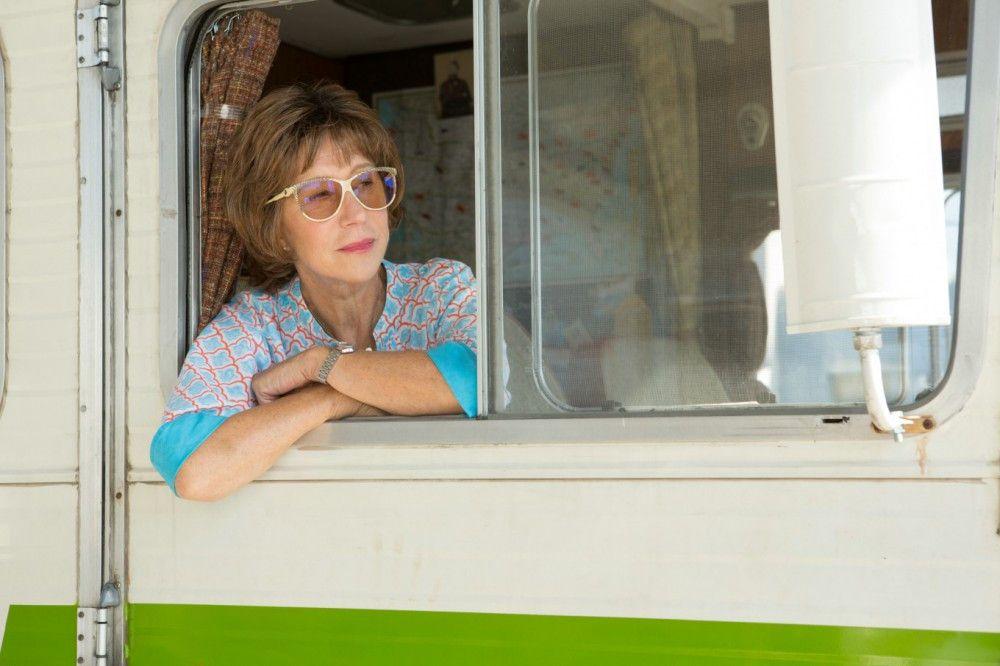 Ella (Helen Mirren) liebt ihr klappriges Wohnmobil, mit dem das Paar und seine Kinder schon viele Urlaube unternommen hat.