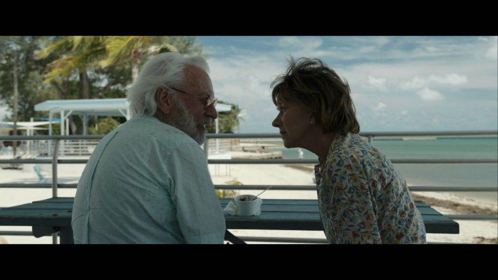 Ella (Helen Mirren) ist froh und genervt zugleich: Soeben hat sie ihren zunehmend dementen Mann (Donald Sutherland) wiedergefunden, der einfach davongelaufen ist.