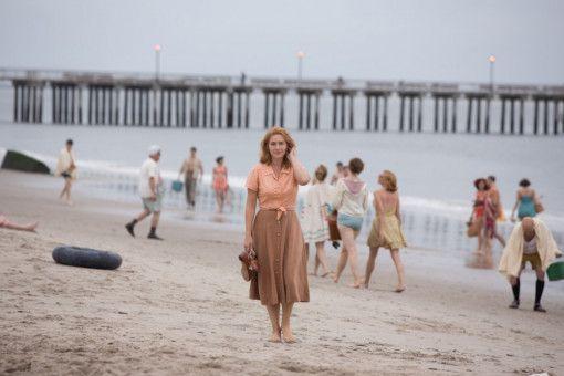 Kate Winslet spielt die frustrierte Ex-Schauspielerin Ginny, die mit ihrem Mann Humpty (Jim Belushi) im Schatten des Riesenrads auf Coney Island lebt.