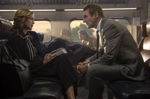 Eine mysteriöse Fremde (Vera Farmiga) macht Michael MacCauley (Liam Neeson) ein unmoralisches Angebot: Er soll für viel Geld einen Passagier finden, ohne zu wissen, was mit ihm passieren wird.