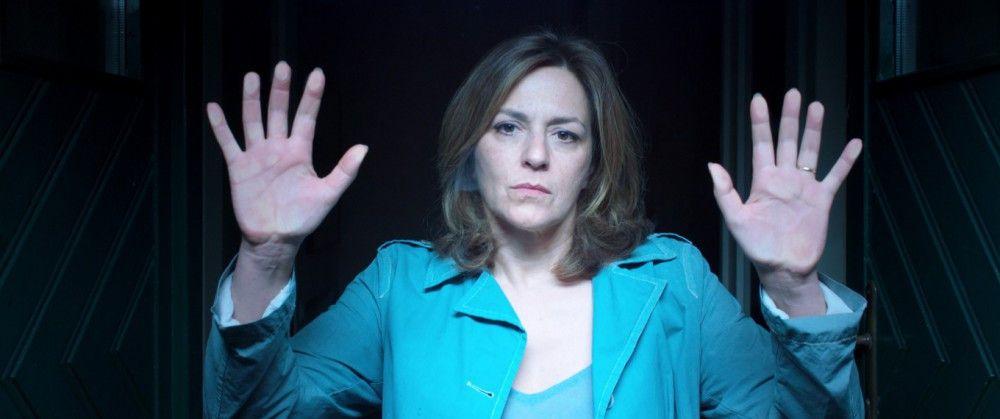 Brillant verkörpert Martina Gedeck die schweigende, apathische Anna.