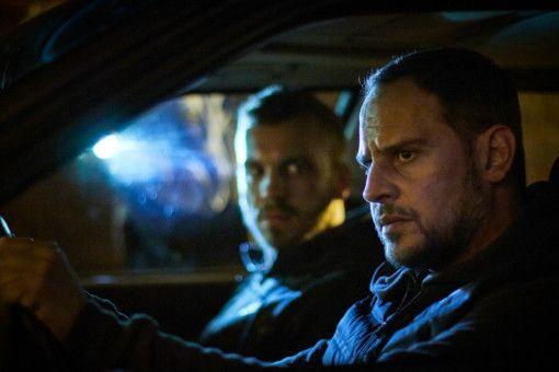 Ricky (Moritz Bleibtreu, rechts) und Rafael (Edin Hasanovic) müssen den Überfall alleine durchziehen.