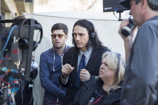 Konzentriert: Tommy (James Franco, Mitte) glaubt tatsächlich an seinen Film.