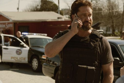 Gerard Butler spielt den knallharten Cop Nick O'Brien, der den Gangsterboss Merrimen dingfest machen will.