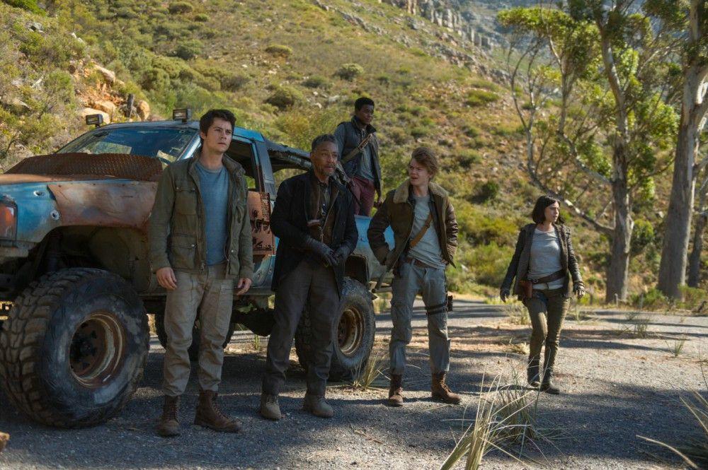 Thomas (Dylan O' Brien, links) und die anderen Überlebenden treten eine gefährliche Mission an.