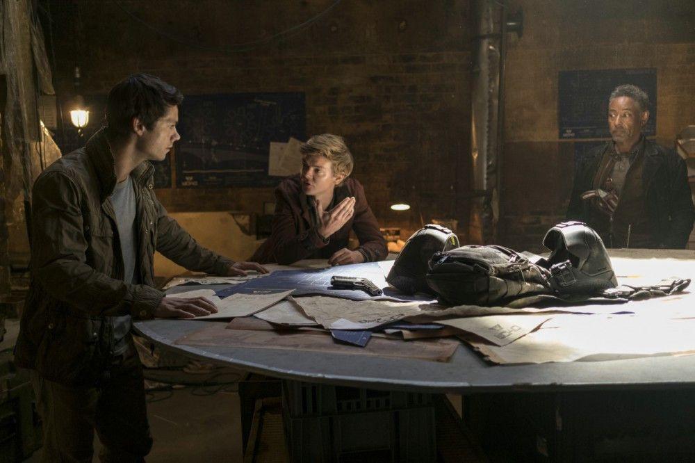 Hauptdarsteller Dylan O'Brien verletzte sich bei den Dreharbeiten so schwer, dass die Produktion längere Zeit ausgesetzt werden musste.