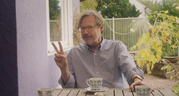 Der Herbert (Michael Wittenborn) kennt sich aus mit Frauen und ist seit kurzem der neue Mann im Leben von Fridas Mutter.