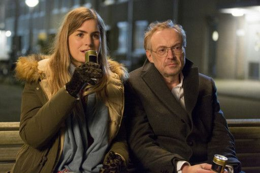 Claire (Hannah Hoekstra) und Arthur (Josef Hader) wollen sich umbringen. Der Zufall führt sie zusammen, aber nicht zu einer abendfüllenden Geschichte.