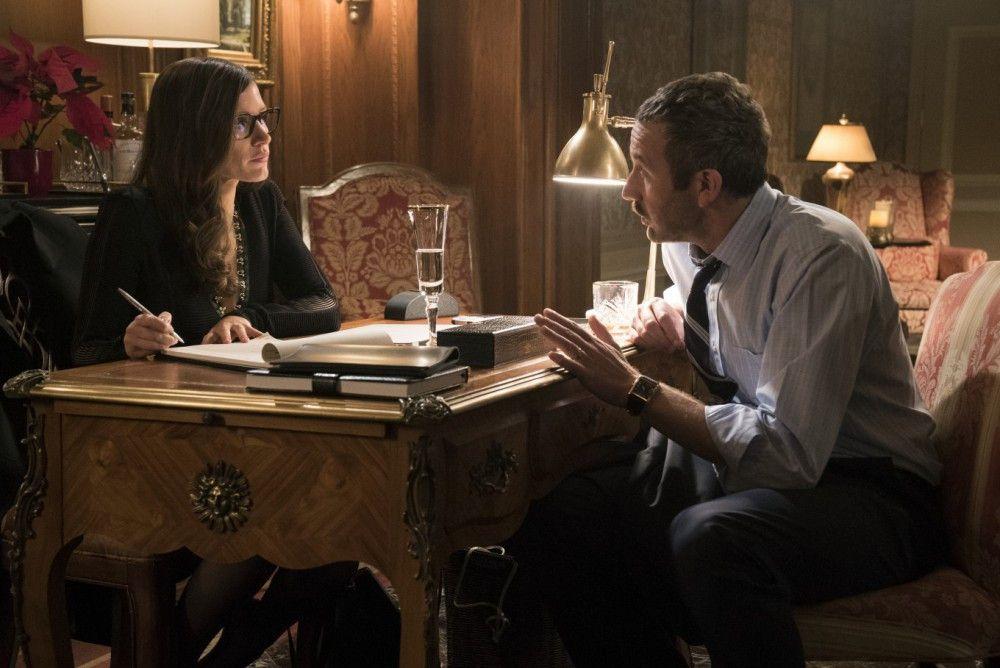 Der verpeilte Spieler Douglas (Chris O'Dowd) schüttet Molly (Jessica Chastain) gern sein Herz aus.