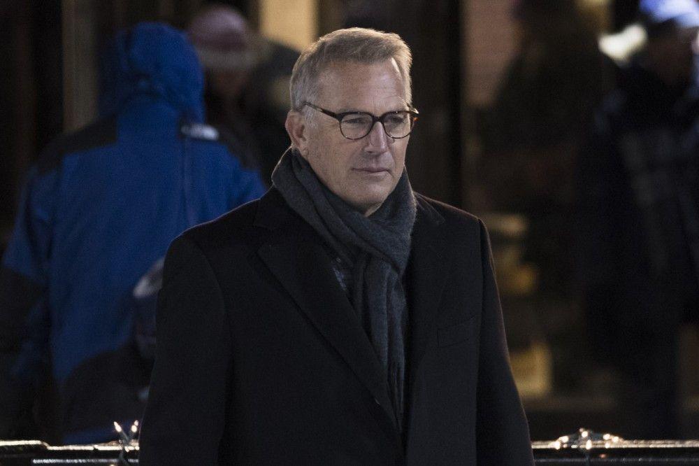 Kevin Costner spielt den Vater von Molly Bloom.
