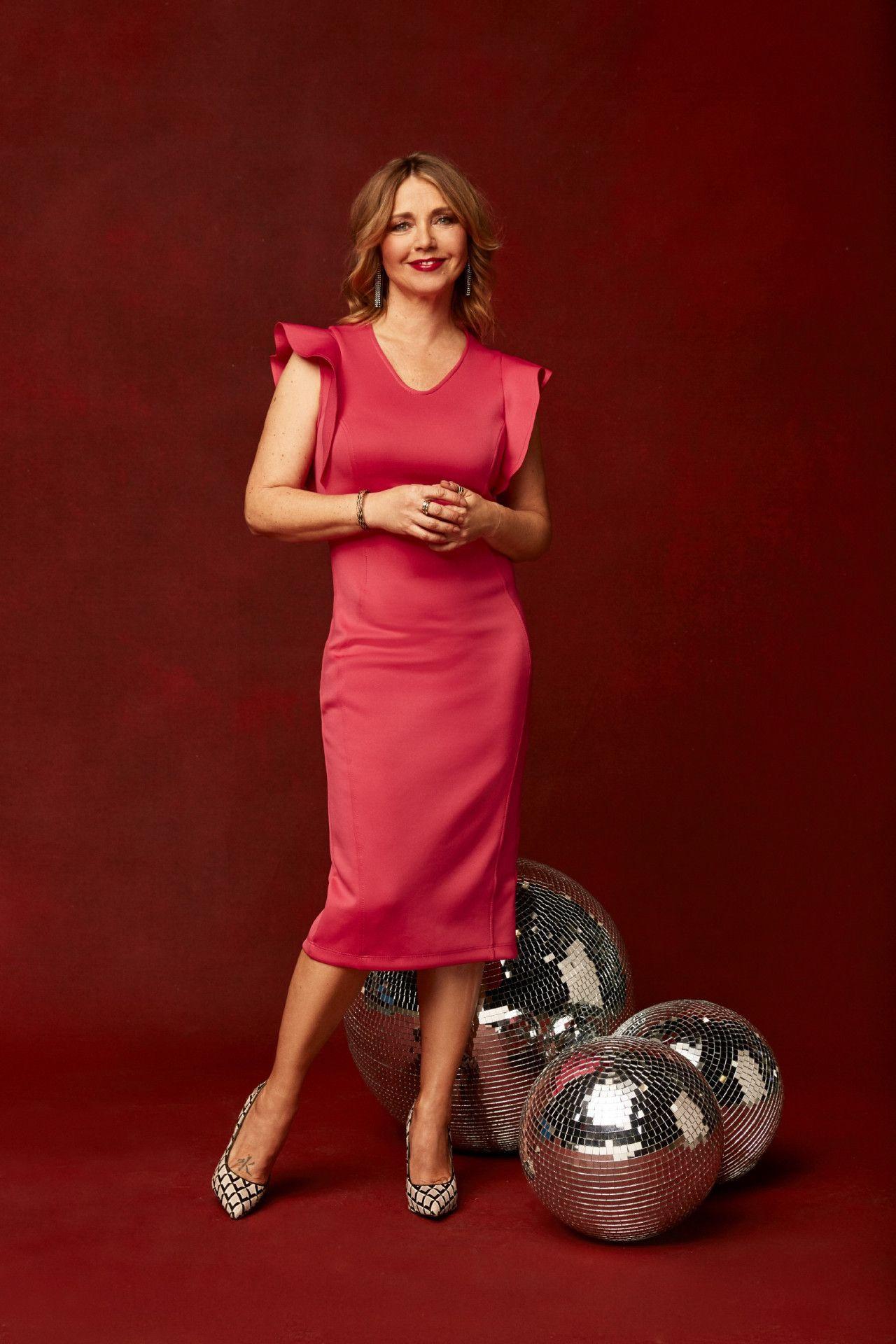 Bis heute prägt diese Rolle ihre Karriere und hat Tina Ruland zum Schwarm einer ganzen Generation, nicht zuletzt durch ihre Nacktaufnahmen im Playboy 1988 und 1990, gemacht.