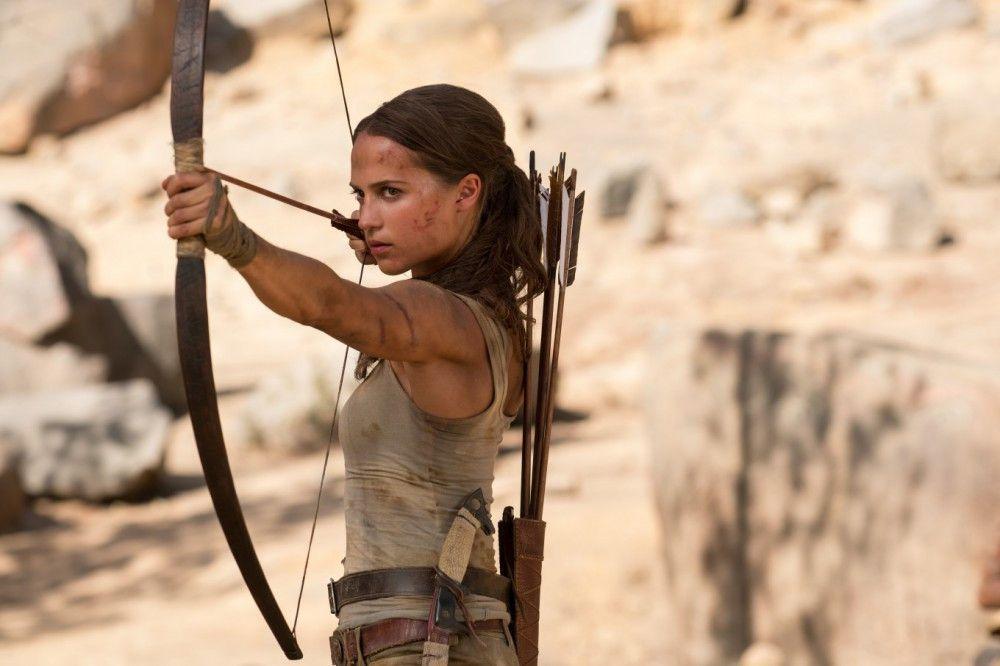 Lara Croft (Alicia Vikander) macht sich sieben Jahre nach seinem Verschwinden auf die Suche nach ihrem Vater.